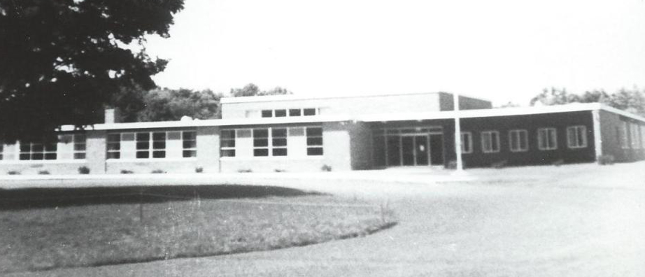 Elementary School, Springfield Center